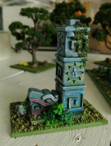 Aztec Columns by Paint n Games.